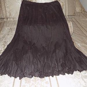 Beautiful  Flowy Skirt Sz L